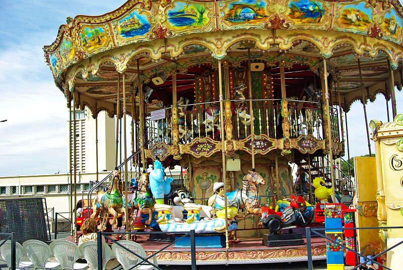 Le Carrousel du port - The Carrousel of the harbour